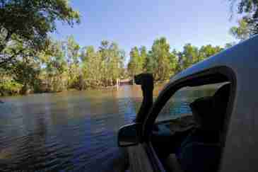 Twin Falls Crossing - How to safely cross Jim Jim Creek in Kakadu